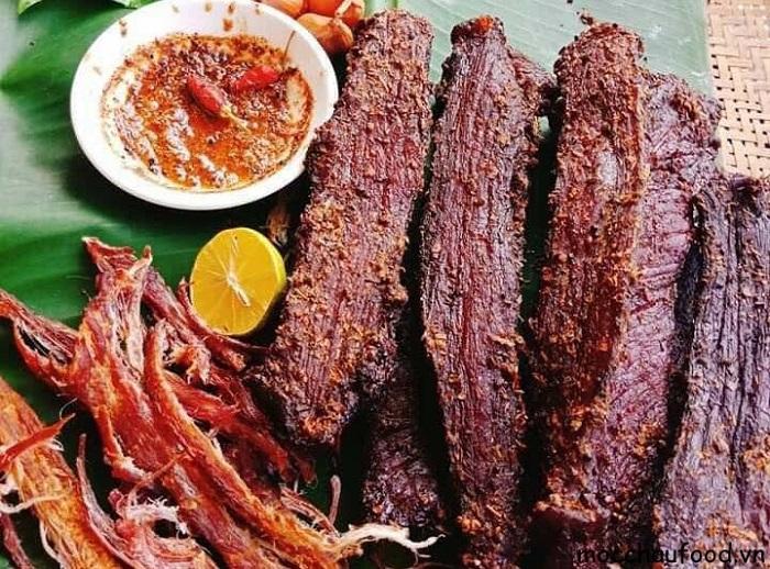Thịt trâu gác bếp Tây Bắc